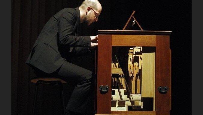 'Skaņu mežs' uz Rīgu ved austriešu laikmetīgās mūzikas komponistu Klausu Langu