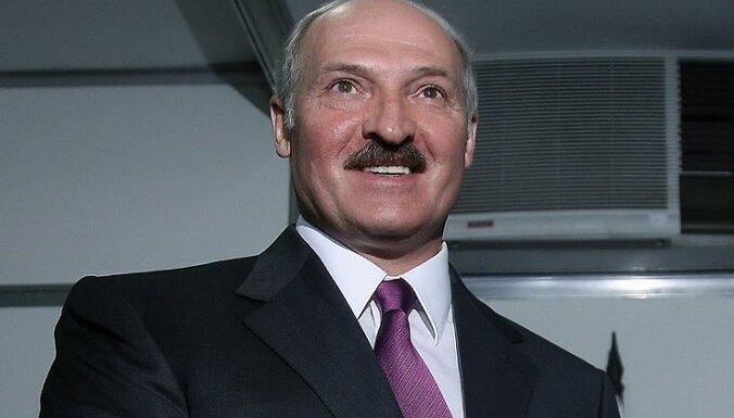 """Лукашенко увидел """"руку Москвы"""" в инциденте с посольством"""