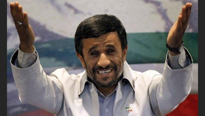 В Иране пересчитали голоса: победил Ахмадинежад