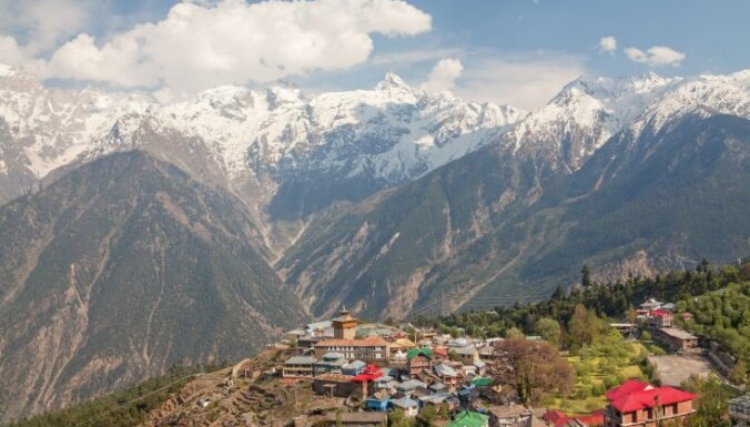 Группа альпинистов пропала в индийских Гималаях