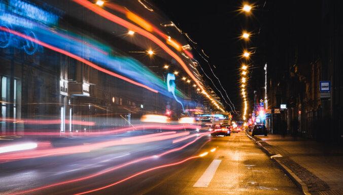Lielākā daļa iedzīvotāju un uzņēmēju ir negatīvi noskaņoti pret Čaka ielas velojoslu