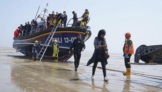 Eiropā kopš pandēmijas sākuma jūlijā bijis lielākais patvēruma pieprasītāju skaits
