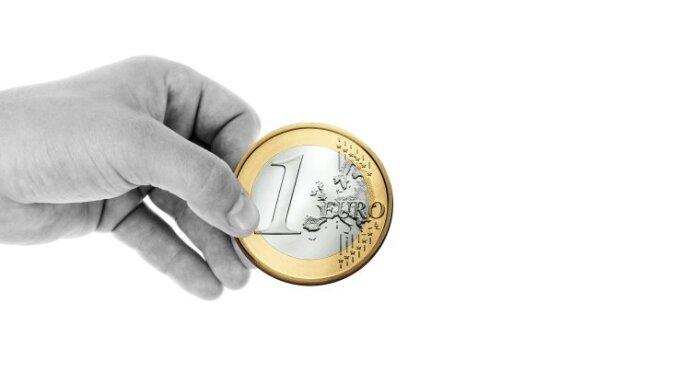 Курс евро не отреагировал на сообщение о техническом дефолте Греции
