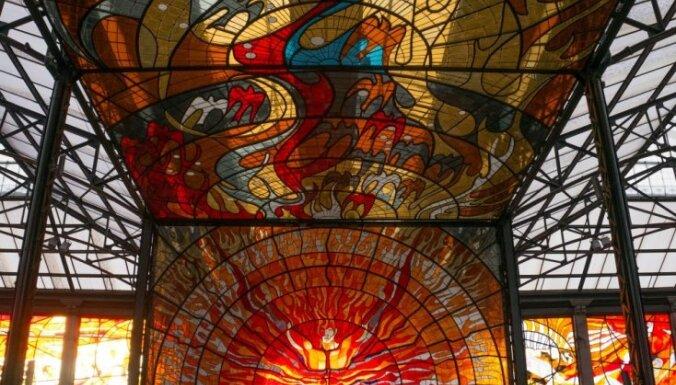 Rīgā būs skatāma Meksikas mākslinieka Leopoldo Flores gleznu izstāde