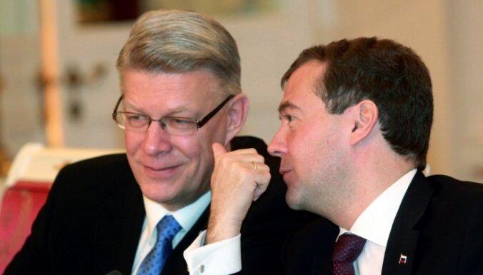 Вешняков не исключает возможность визита Медведева в Латвию