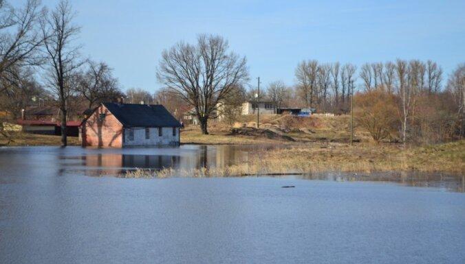 Plūdu skartajā Valmierā situācija kontrolējama