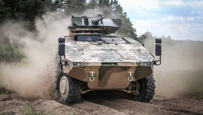 """""""Волки"""" за 385 млн евро: литовская армия получила первые новые БМП"""