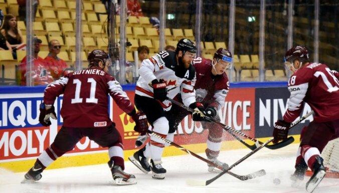 Latvijas hokejisti izcilā spēlē atņem punktu zvaigžņotajai Kanādas izlasei
