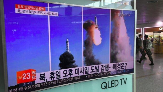 Ziemeļkorejas raķetes var sasniegt arī Eiropu, brīdina Stoltenbergs