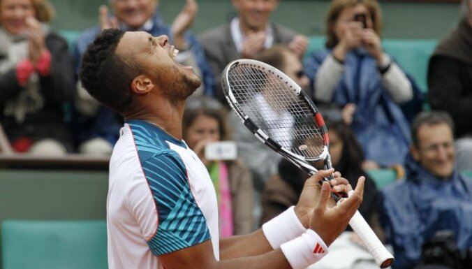 Tsonga, Ferrers un Almagro sasniedz 'French Open' ceturtdaļfinālu