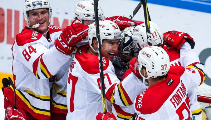 Rēdliha 'Kuņluņ Red Star' uzvar KHL čempionus; 'Salavat Julajev' pēdējā minūtē izrauj uzvaru pār SKA