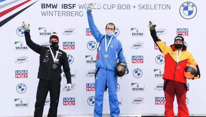 Tretjakovs pārtrauc Dukura zelta medaļu sēriju Eiropas čempionātos