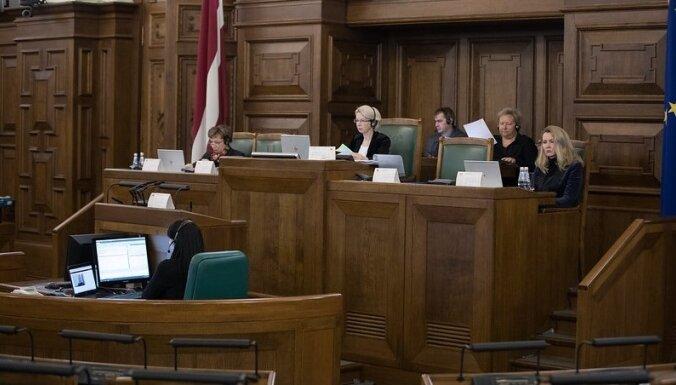 Saeima budžeta debates turpinās arī piektdien. Teksta tiešraides arhīvs.