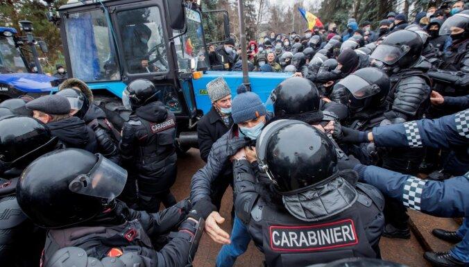 Протесты в Кишиневе: фермеры на тракторах выдвинули правительству ультиматум
