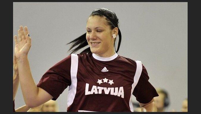 Meļņikai lielisks 'double-double' zviedru kluba 'Udominante' zaudētā FIBA Eirokausa spēlē