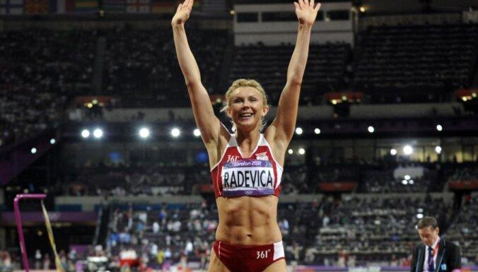 Ineta Radeviča noslēdz sportistes karjeru