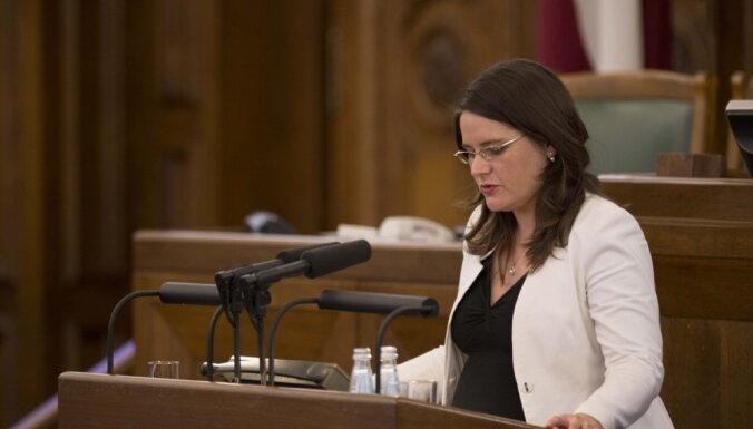 Saeima atjauno deputāta mandātu Ingai Bitei