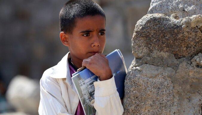 Pērn pasaulē 29 miljoni bērnu piedzima konflikta zonās, vēsta UNICEF