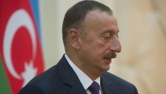 Берзиньш поздравил с днем рождения президента Азербайджана