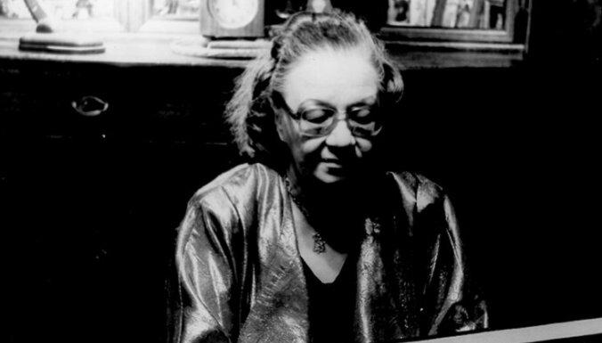 Mūžībā devusies latviešu pianiste Jautrīte Putniņa