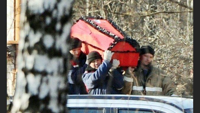 СМИ: в гроб Леха Качиньского положили чужую руку