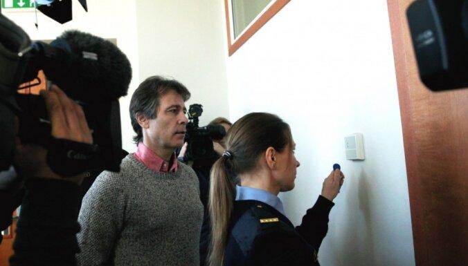 Прокуратура просит четыре года тюрьмы бывшему главе LDz Магонису и миллионеру Осиновскому