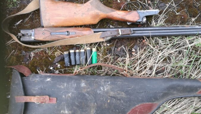 Полиция задержала гаражного вора: у него изъяли оружие и электроинструменты