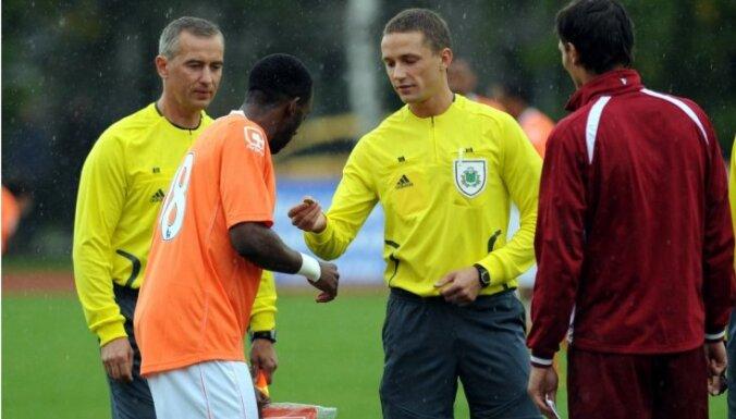 Latvijas futbola tiesnesis Treimanis saņēmis FIFA kategoriju