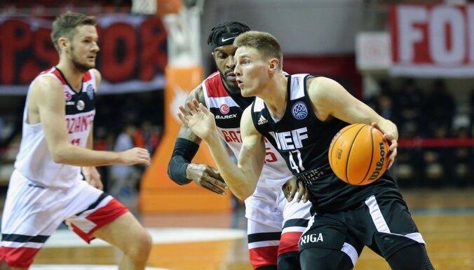 'VEF Rīga' saspringtā spēlē piedzīvo zaudējumu FIBA Čempionu līgā
