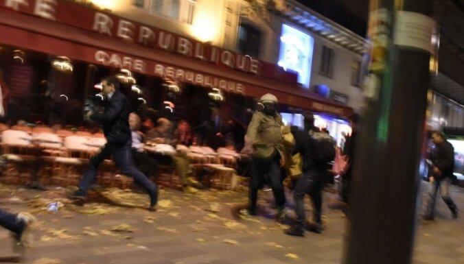 Parīzes terorakti: bijuši vismaz deviņi uzbrucēji, divi vēl ir brīvībā