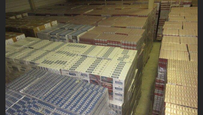 На границе с Россией нашли 15,2 млн. контрабандных сигарет