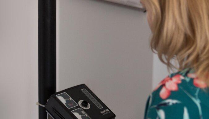 Īpaša labuma no temperatūras mērītājiem un infrasarkanajām kamerām nav, norāda SPKC