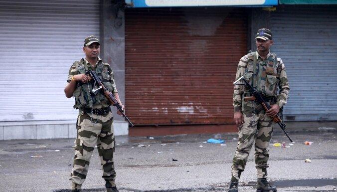 Indija atcels īpašo statusu Kašmīras reģionam