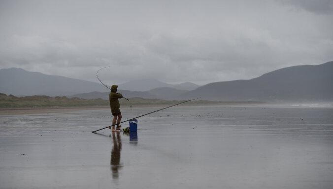 В Ирландии расследуют сообщения об НЛО и ярком свете в небе около побережья