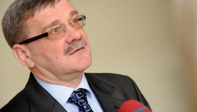 Лачплесис: оценку сотрудничеству Иванова с КГБ может дать только суд