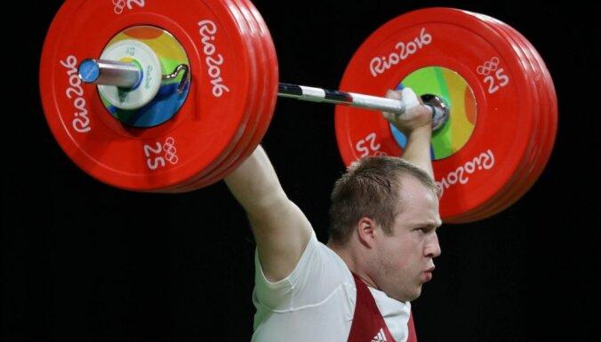 Plēsnieks iekļūst TOP10 pasaules čempionātā svarcelšanā