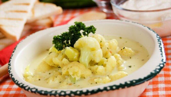 Быстрый суп из цветной капусты с сыром