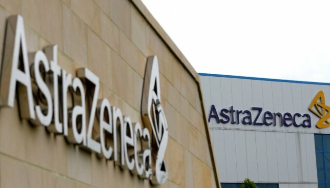 'AstraZeneca' aizstāv savas vakcīnas efektivitāti