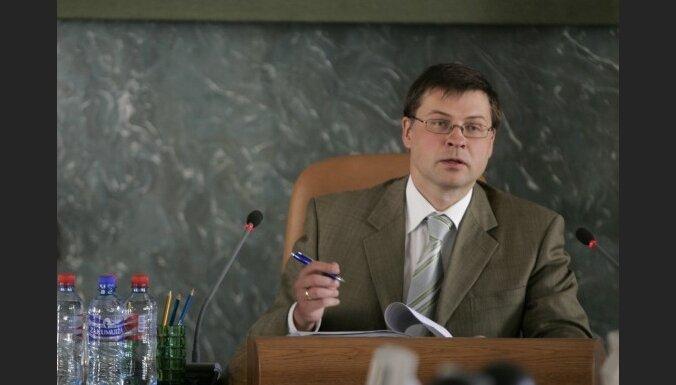 Latvijai ir manevra iespējas. Intervija ar Valdi Dombrovski