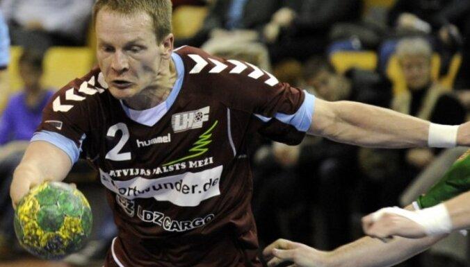 Latvijas handbola izlase zaudē izredzes iekļūt PČ kvalifikācijas otrajā posmā