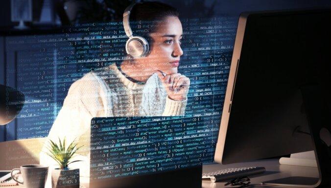 'Accenture' palielina darba samaksu tiem, kas uzsāk karjeru IT jomā
