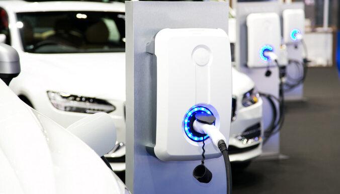 Eksperts: elektroauto jau tuvākajā laikā kļūs par plaši pieprasītu produktu