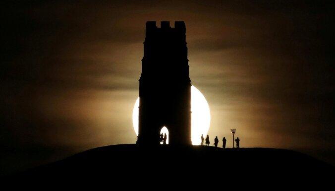 Pilnmēness laikā vairāk avāriju, slepkavību un trako - zinātne vai muļķības?