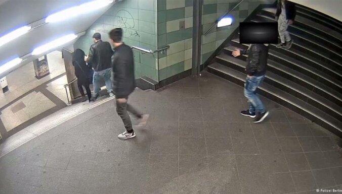 Мужчина, причинивший увечья девушке в берлинском метро, оказался болгарином