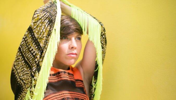 Maijā Durbē koncertēs vijolniece Sāra Noifelde no 'Arcade Fire'