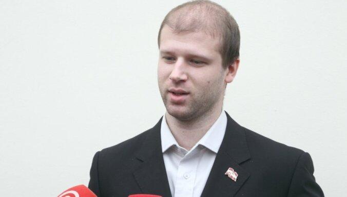 Адвокат: Чаловский уже доставлен в США