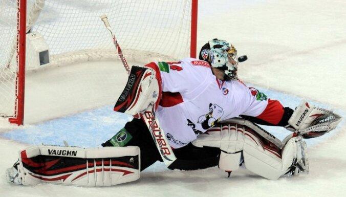 Крикунов приложил руку к седьмой тренерской отставке в сезоне