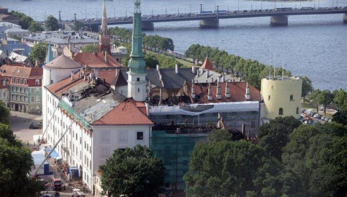 Минобороны: военная полиция во время пожара в Рижском замке действовала верно