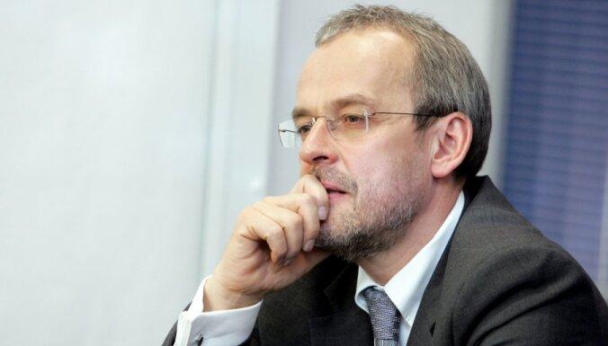 Zīle: izvēli par labu eiro Latvijā iedzīvotāji netiešā veidā jau ir izdarījuši