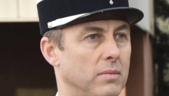 Теракт во Франции: умер полицейский, обменявший себя на заложника